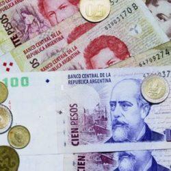 pesos_argentinos_01.jpg_2033098437