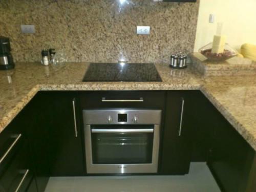 Te fabricamos tu cocina y ba os de granito piedra natural for Cocinas en granito natural