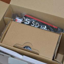 Canon 5D In Box
