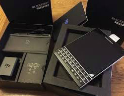 Blackberry Passport SQW100 1
